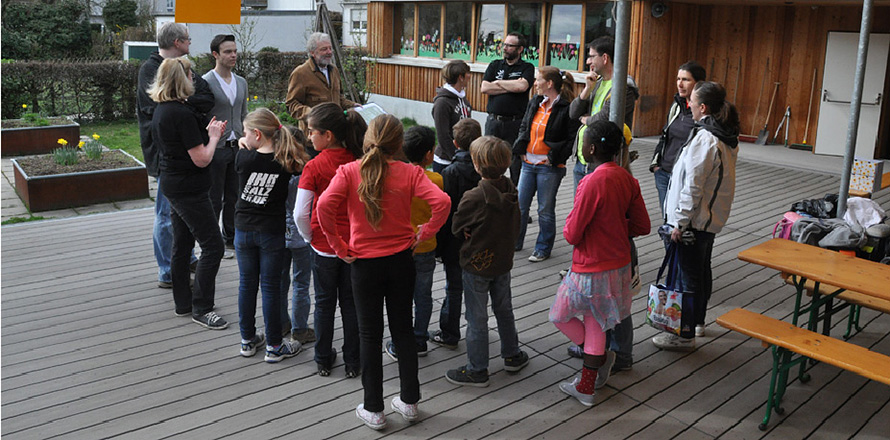 Grundschule grzimek schule frankfurt a m keller und for Mode und bekleidung schule frankfurt